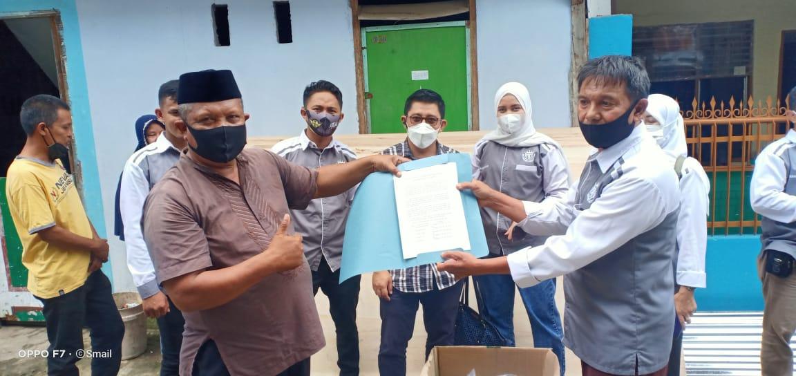 """""""6 Rumah Warga Tertimpa Pohon Tumbang, YAD Salurkan Bantuan"""""""